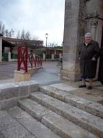 Une rampe d'accès  pour les personnes handicapées